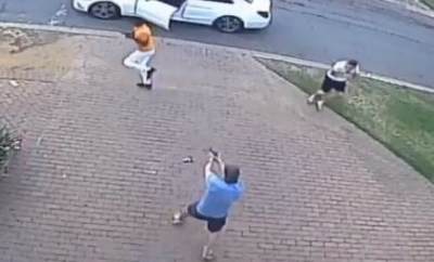 Lol...Two South African armed robbers flee after messing with the wrong guys (video)