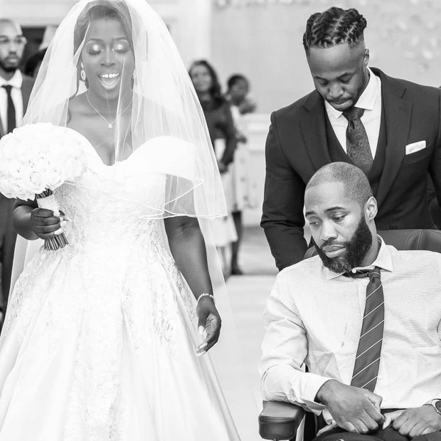 Sibling love! Bride insists her brother walks her down the aisle despite suffering serious injuries two months to her wedding (photos)