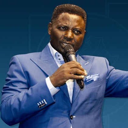 You would be the one to beg pastor Biodun in the end because God will so fight for him- Pastor Matthew Ashimolowo prays at COZA (video)