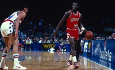 Michael Jordan (right)