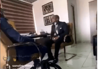 Davido denies participating in the #EndSARS protest during meeting with police spokesperson, Frank Mba at Nigerian Police Force Headquarters (video)