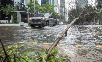 Tropical storm Eta in Florida