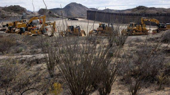 Construction on the border wall in Arizona
