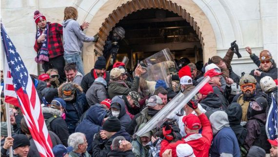 Rioters break into Capitol