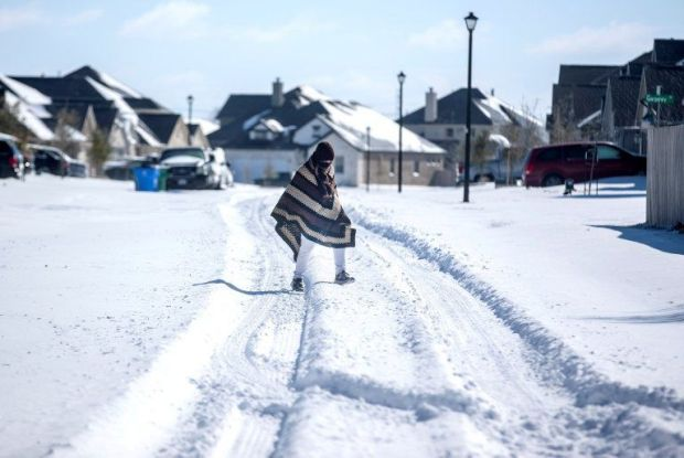 Neighbourhoods like this one in Pflugerville faced many hours without electricity