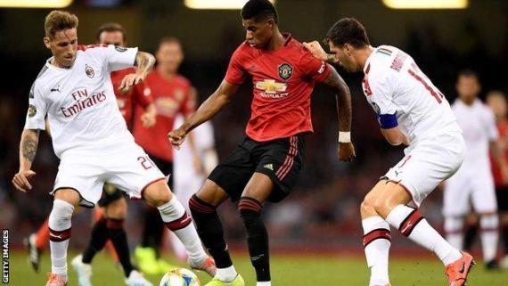 Manchester United against AC Milan in 2019 pre-season