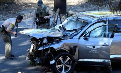 "Los Angeles County Sheriff""s Deputies inspect the vehicle of golfer Tiger Woods after the accident in Los Angeles, California, February 23, 2021"