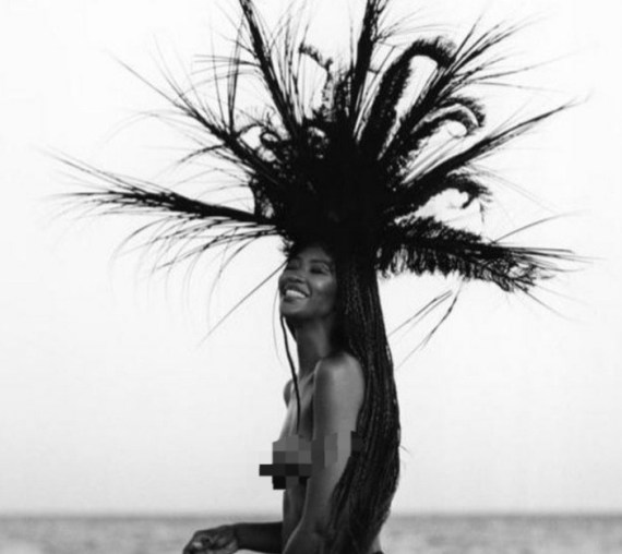 Naomi Campbell bares it all as she goes topless for a shoot (photo)