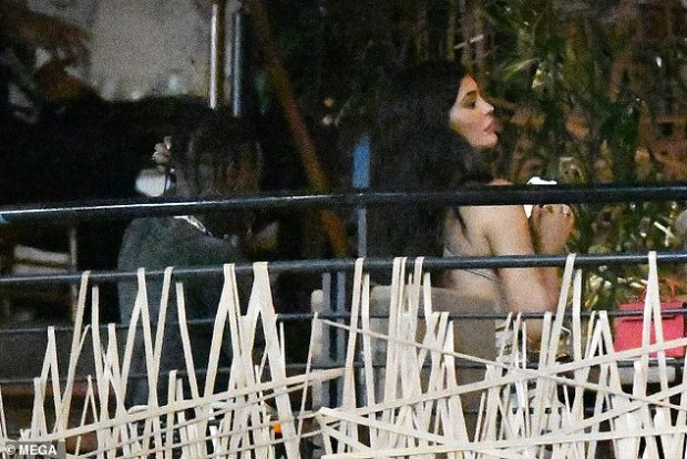 Kylie Jenner sparks reconciliation rumors as she flies to Miami to celebrate Travis Scott