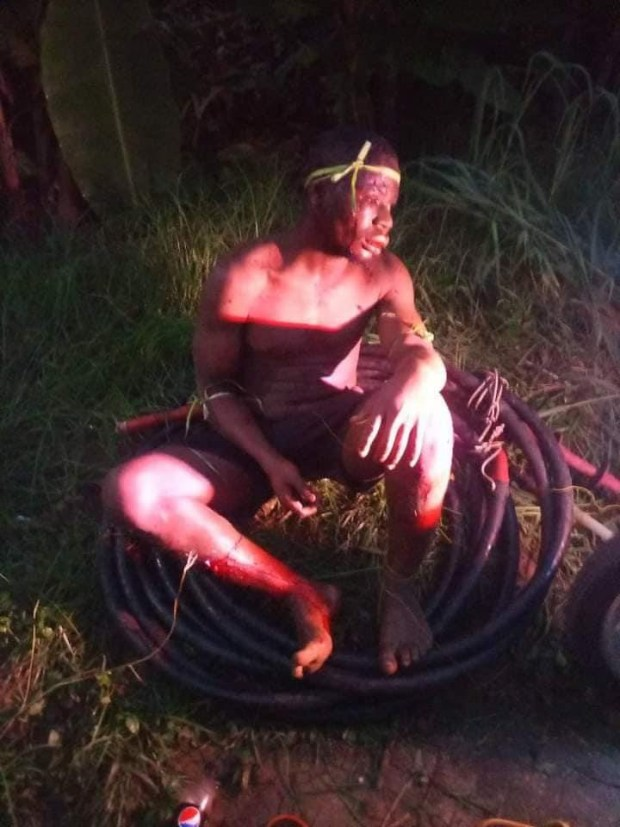 Young man beaten to pulp and paraded for allegedly stealing transformer cables in Akwa Ibom (photos)