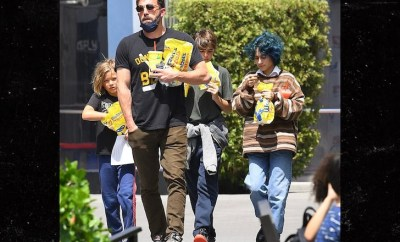 Ben Affleck on stepdad duty as he takes Jennifer Lopez daughter and his kids to tourist site (Photos)