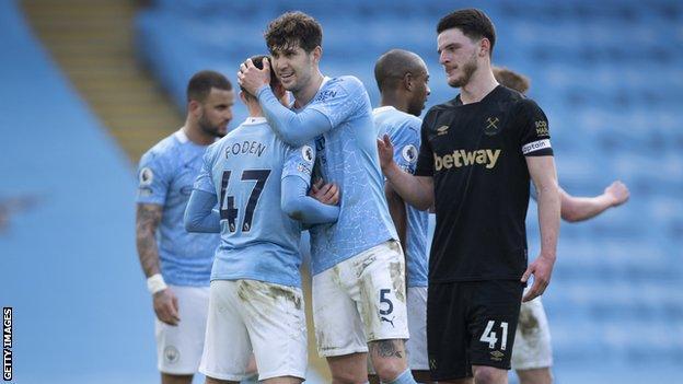 Manchester City celebrate against West Ham