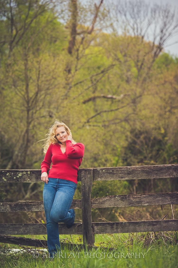 Outdoor Casual Headshots At 48 Fields In Leesburg VA