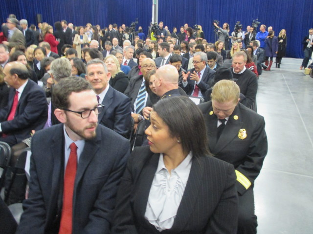 Sup. London Breed chats with Sup Scott Wiener at the mayor's State of the City address
