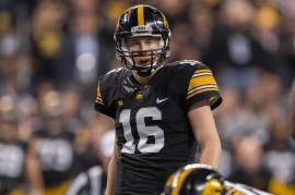 December 5, 2015: Iowa Hawkeyes quarterback C.J. Beathard (16) during the Big 10 championship game between the Michigan State Spartans and Iowa Hawkeyes at Lucas Oil Stadium in Indianapolis, IN. (Photo by Zach Bolinger/Icon Sportswire)