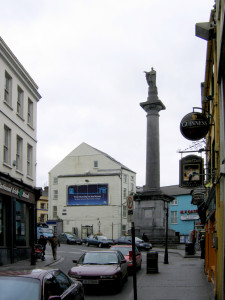 Danielle O'Connell square in downtown Ennis, Ireland. Photo: Wikimedia Commons