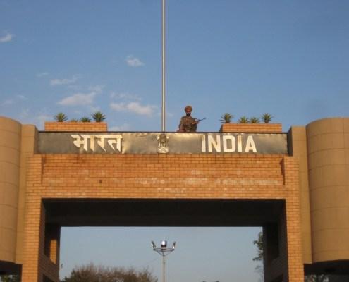 Frontera Paki