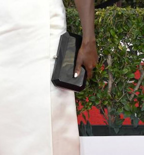viola-davis-sag-award-clutch-styling-red-carpet-4chion-lifestyle