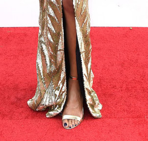 zuri-hall-shoes-styling-sag-awards-4chion-lifestyle