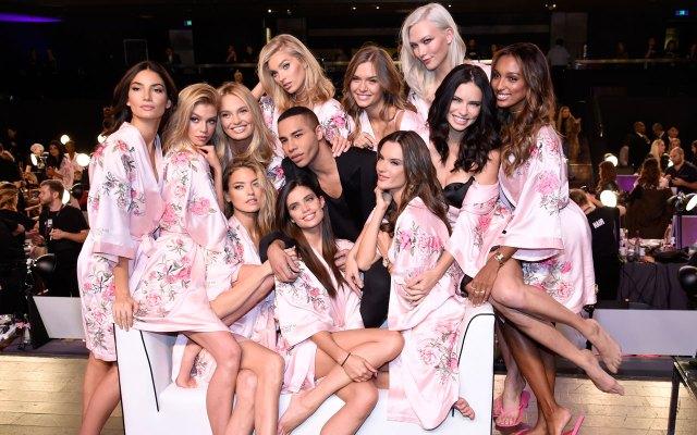 fashion-show-hair-makeup-2017-models-balmain-oliver-rousteing-victorias-secret 4chion lifestyle