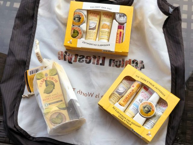 Burt's Bees hands and feet crare wintertime 4chion lifestyle