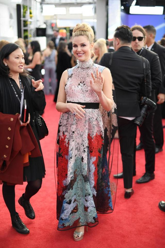 Cara Buono red carpet SAG Awards 4Chion Lifestyle