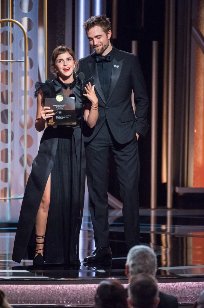 Emma Watson and Robert Pattinson present during the 75th Annual Golden Globe Awards 4chion lifesty