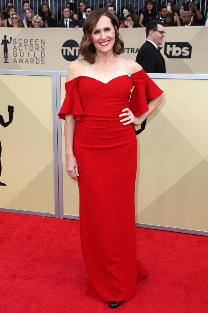 Molly Shannon red carpet SAG Awards 4Chion Lifestyle