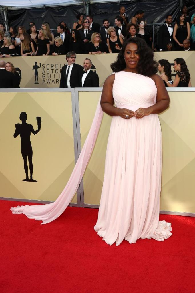 Uzo Aduba red carpet SAG Awards 4Chion Lifestyle