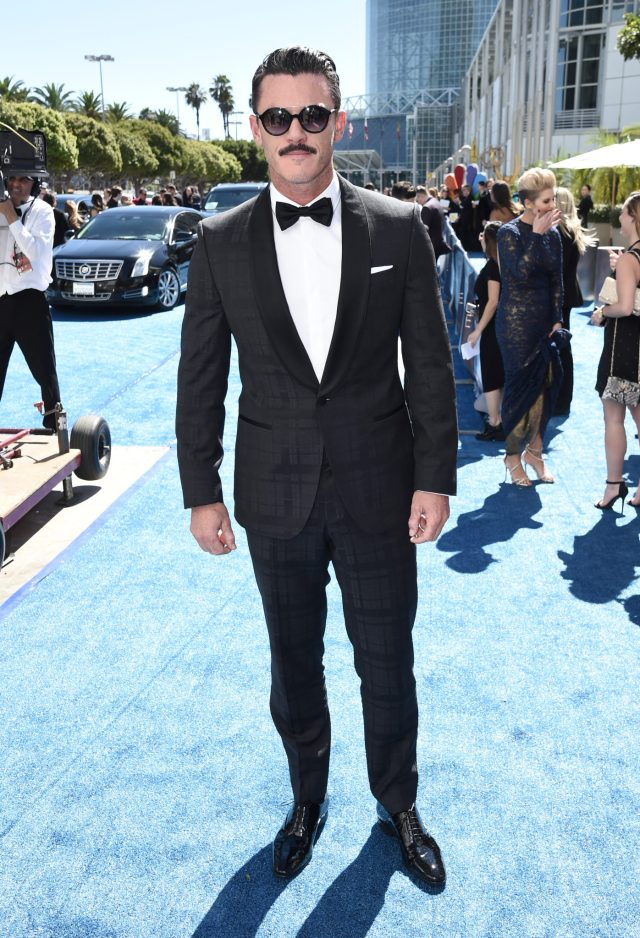 Luke Evans Emmys 4Chion LIfestyle