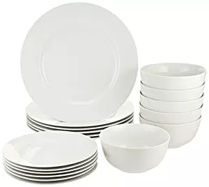 Amazon Basics Dinnerware Set holiday ad 4chion lifestyle