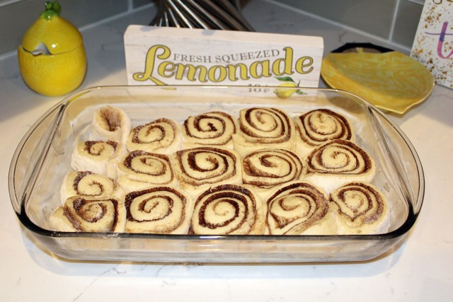 Cinnamon Rolls 4chion Foodie Lifestyle