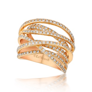 Elizabeth Rodriguez SAG Awards Styling Le Vian diamond ring