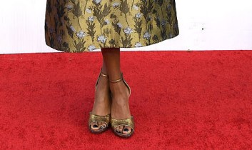Samira Wiley SAG Awards shoes red carpet 4Chion Lifestyle