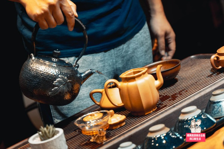 【台南】台南也有買茶葉的好地方!可試喝也可小量購買,茶壺、茶葉、茶具都很齊全喔!醒時茶栽