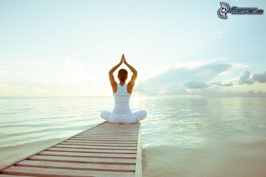 """Résultat de recherche d'images pour """"yoga mer"""""""