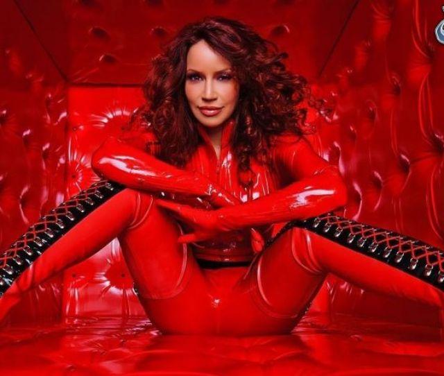 Bianca Beauchamp Red