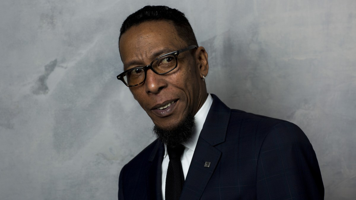 Ron Cephas Jones Joins WB's Shazam As The Wizard