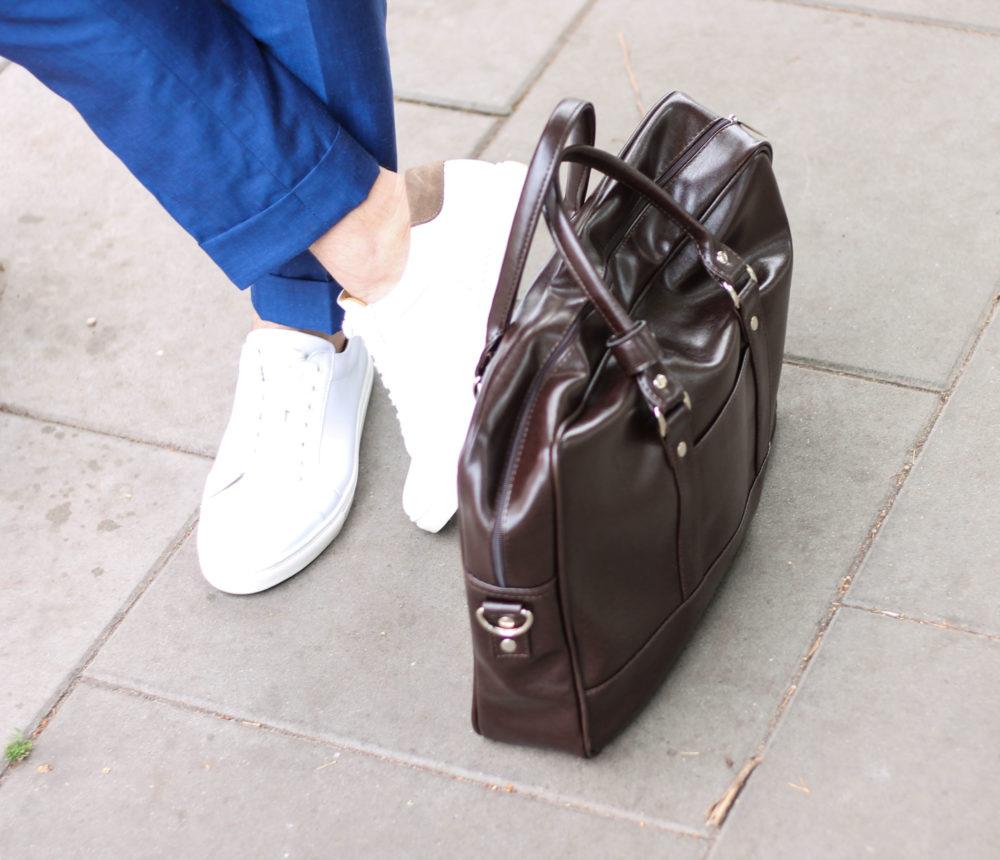 białych butach