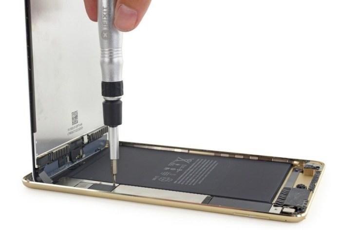 Apple-iPad-mini-4-teardown-3