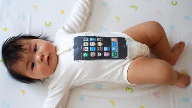 bebe iPhone