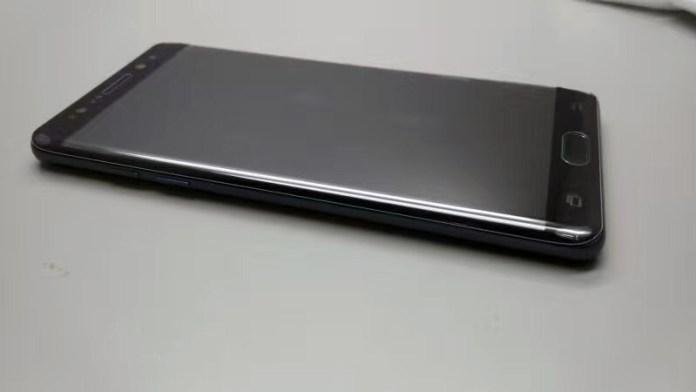Alleged-Note-7-prototype (2)