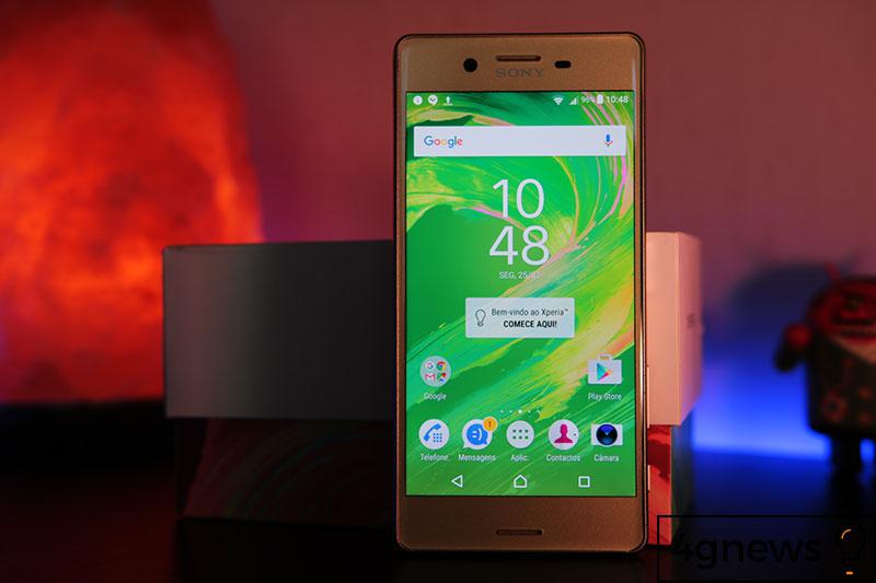 Smartphones intermediários da Sony estão com os dias contados