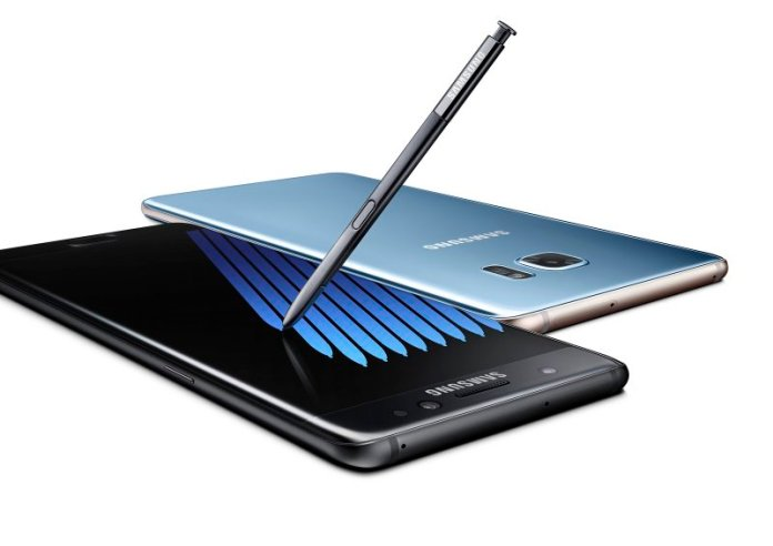 b7-note7-black-blue-2p