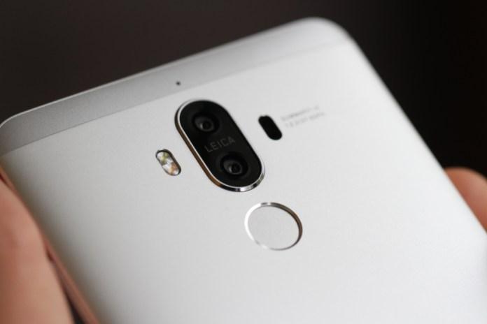 "Huawei Mate 10: tecnologia ""EntireView"" promete ecrã sem margens"