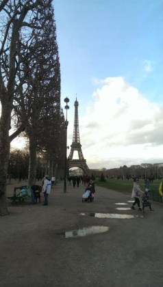 Torre Eiffel Google HTC