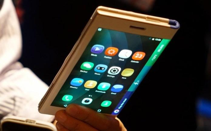 Samsung pode estar a preparar um smartphone dobrável para este ano