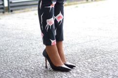 el-blog-de-silvia-rodriguez-streetstyle-Estampado-Peces-Dolores-Promesas-blog-de-moda-tendencia (18)