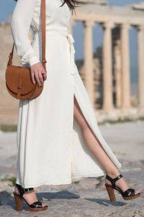 coco-and-vera-top-winnipeg-fashion-blog-top-canadian-fashion-blog-top-blogger-travel-style-lacademie-white-wrap-dress-le-chateau-sandals-sezane-claude-bag