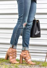 Sam-Edelman-Yardley-Sandal